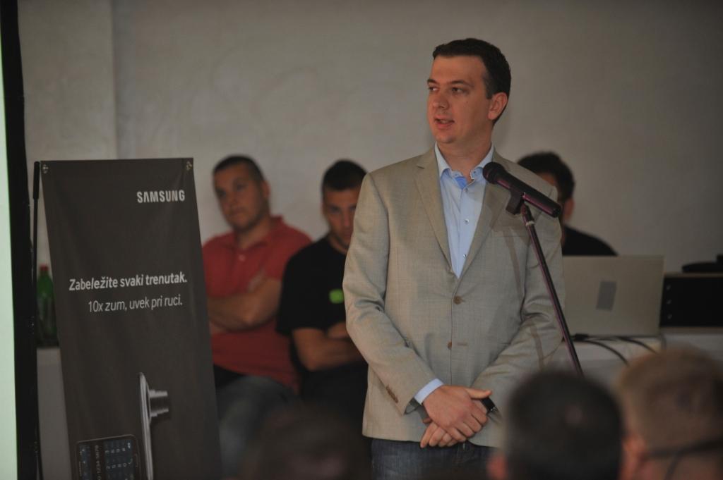 Aleksandar Vukosavljevic Vip mobile Samsung i Vip predstavili Galaxy K Zoom: Smart telefon sa optičkim zumom