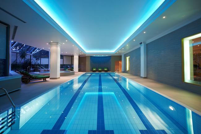 """BELGR P133 Pool Front 56797 med Hyatt Regency Beograd i Wannabe Magazine nagrađuju: """"Najlepši pogled iz sobe"""""""