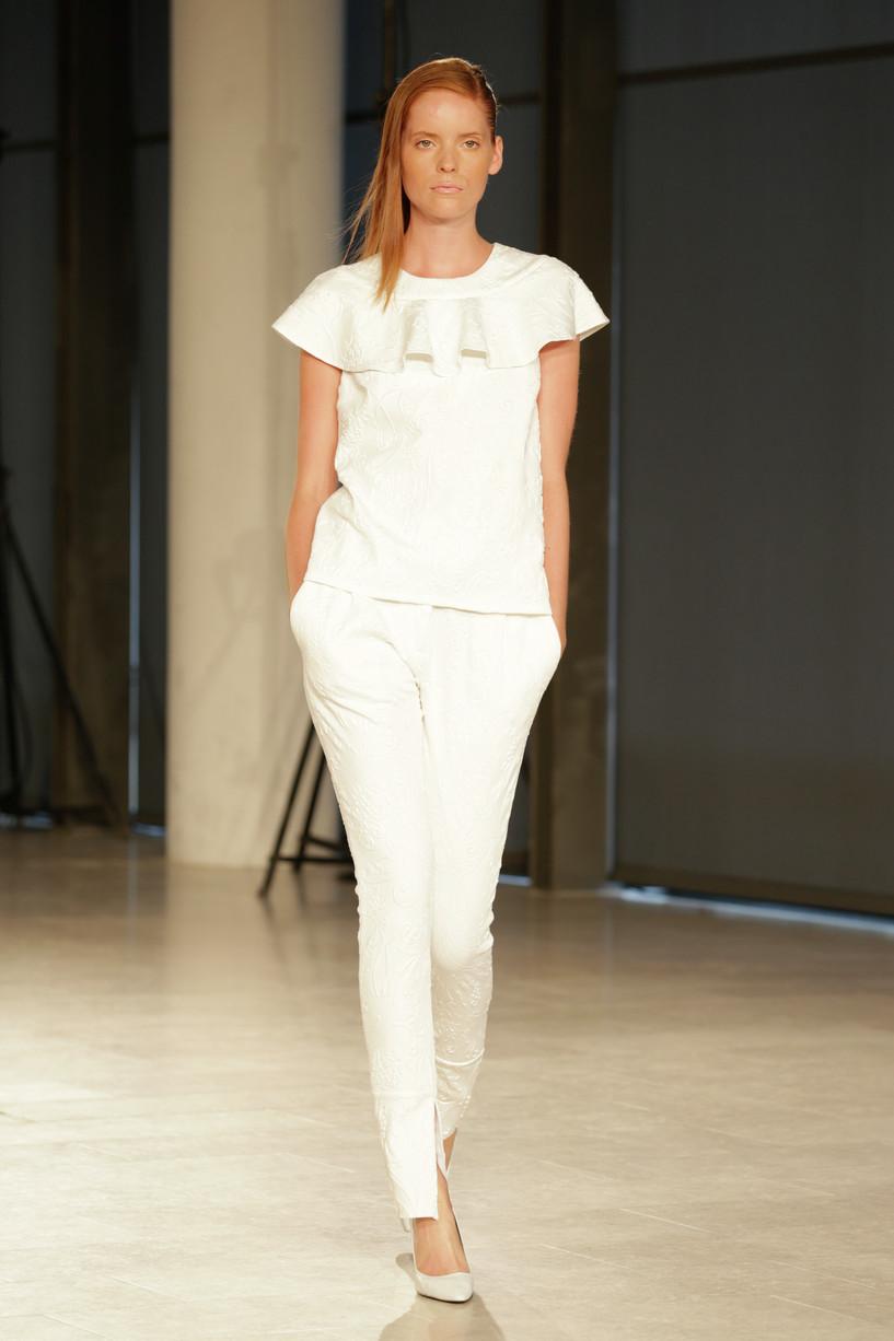 Baum und Pferdgarten Spring Summer 2014 Womens Outfit Ideas 15 Poslovni garderober: Izaberite moćnu crvenu i vladajte