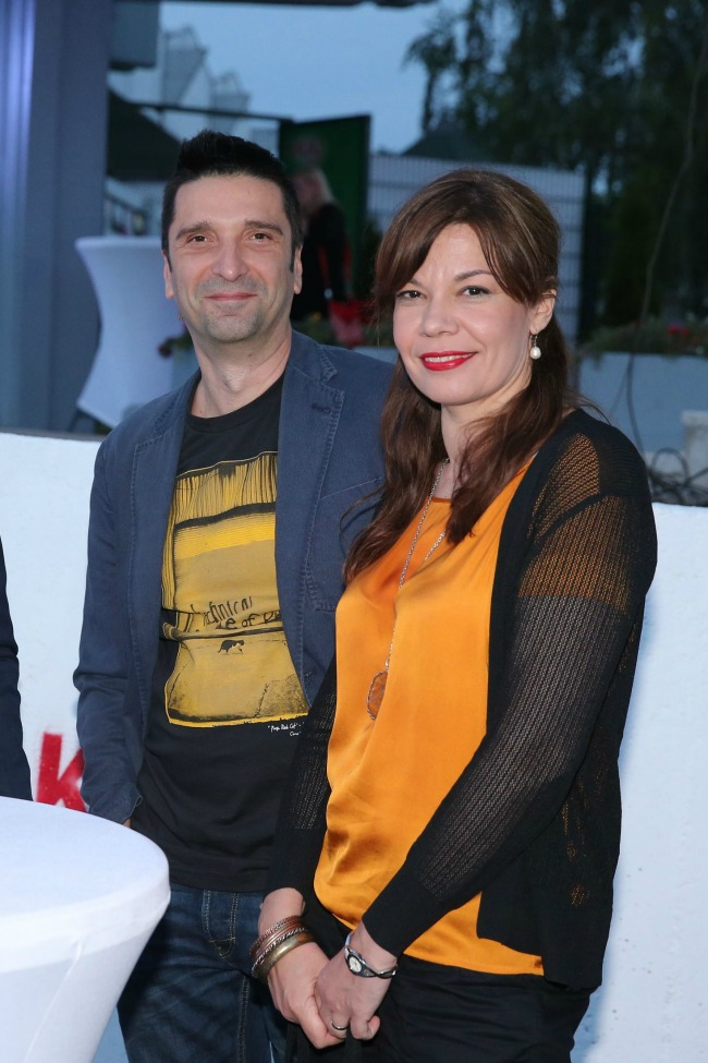Dragan Ilic i Zivana Saponja Ilic Zanimljivo: Najveća boca na vodi