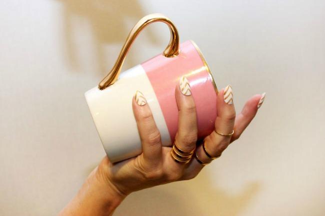 Glitter and gold Nail Art: Šare na noktima kakve do sada niste videli