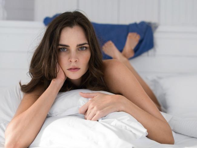 NCR 13222 BigBlue Brunette Woman Nivea Intimo: Izbalansirana nega intimne regije za zdrav život