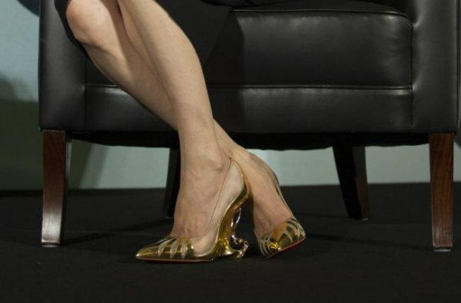 files Modne vesti: Lagerfeld dizajnira tašne, a krade patike