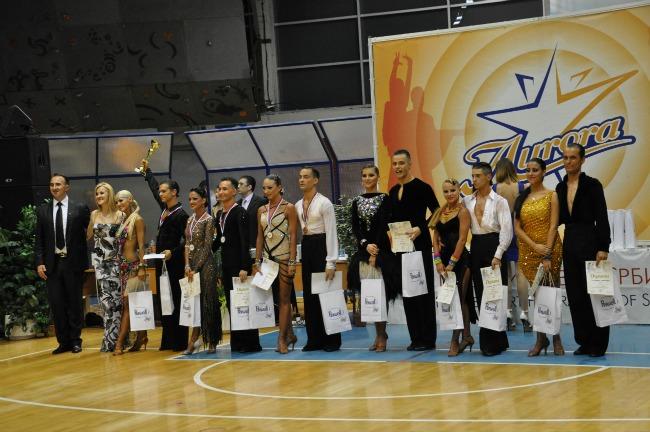 finalisti u kategoriji seniora Svet je lepši kada plešemo: Najbolji plesači Srbije na državnom prvenstvu