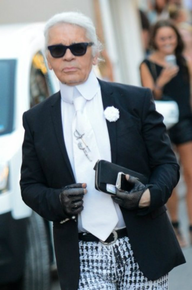 images 2014 06 karl lagerfeld kreira za lv 822867987 Modne vesti: Lagerfeld dizajnira tašne, a krade patike