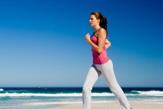 woman runing HydroStar napitak