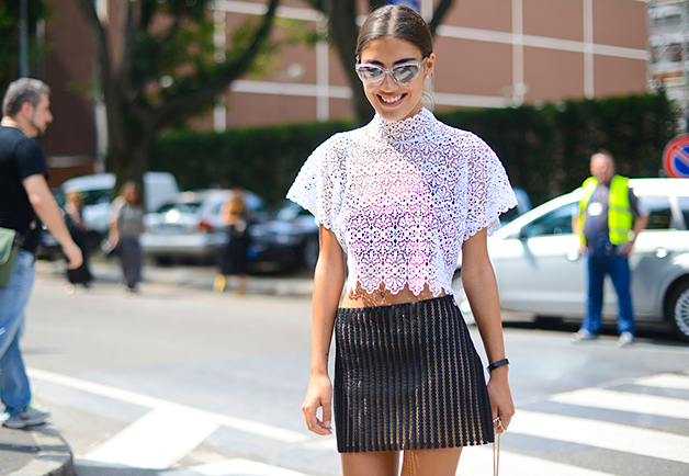 1404153941892 women street style paris fashion week ss2015 04 Street Style: Žene na muškoj Nedelji mode