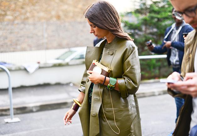 1404153941899 women street style paris fashion week ss2015 09 Street Style: Žene na muškoj Nedelji mode