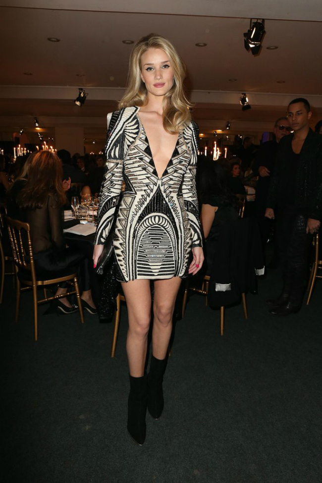 6 Every Skirt Length Boot Height Works Sedam prednosti vitke linije: Moderna i lepa