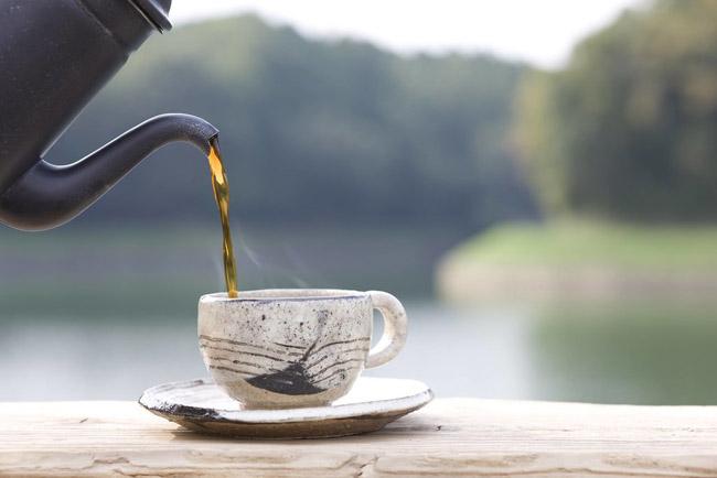 Black Tea Beauty savet: 6 prirodnih lekova koji će vam pomoći kod nege stopala