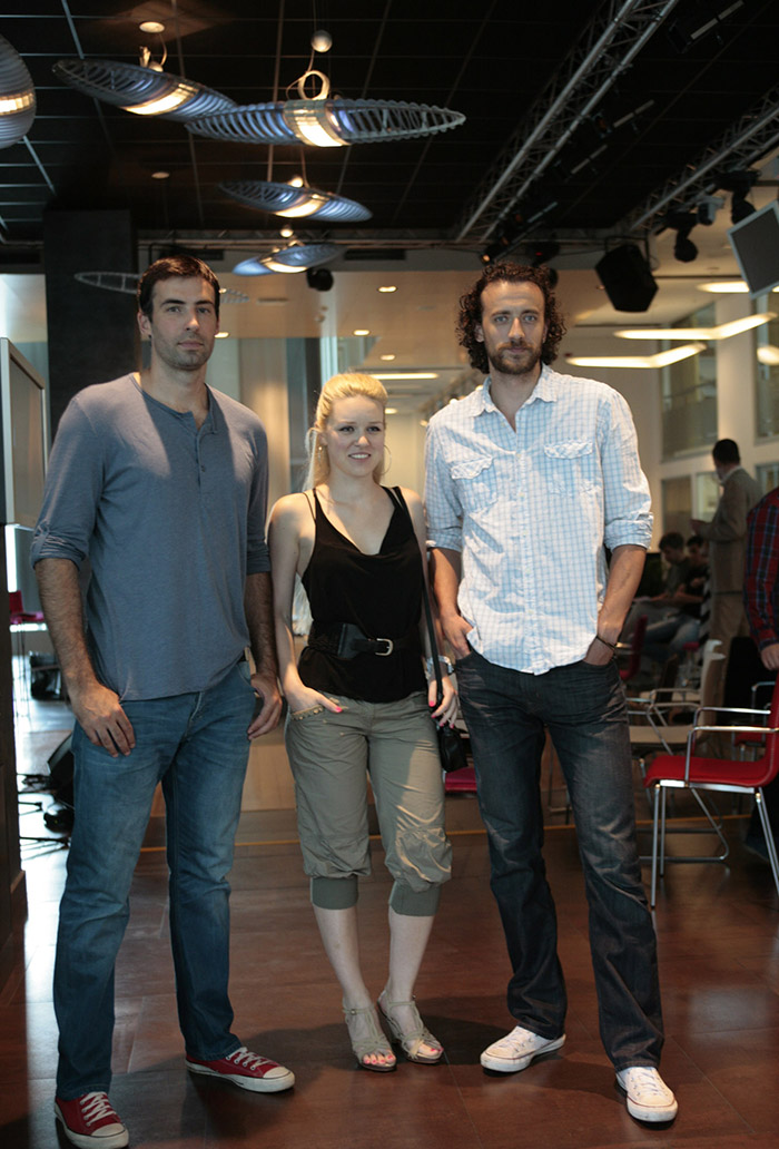 Clanovi grupe Nicim izazvan1 Telenor podržava domaću muzičku scenu