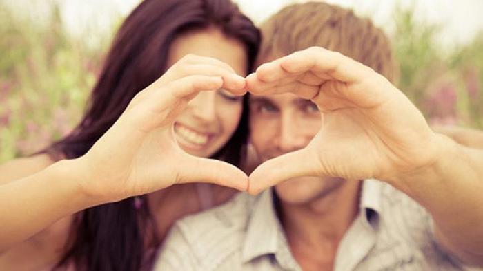 Couple heart love 620x349 Pet saveta kako da vaša bajka potraje zauvek