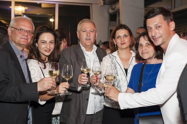 Dogaðaju je prisustvovala i ambasadorka Makedonije u Srbiji Gospoða Vera Jovanovska Tipko Domaine Lepovo: Priroda pretočena u najfinije vino