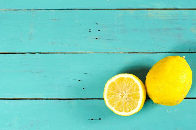 Lemon Beauty savet: 6 prirodnih lekova koji će vam pomoći kod nege stopala