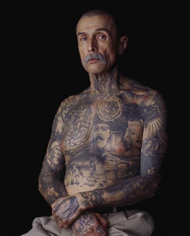 Old People With Tattoos pictures 2 620x Otkačen svet: Bake i deke sa tetovažama