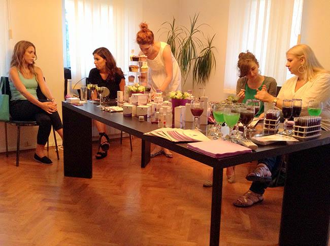 Purple Rain6 Promocija Purple Rain kozmetike: Koktel veče sa blogerkama