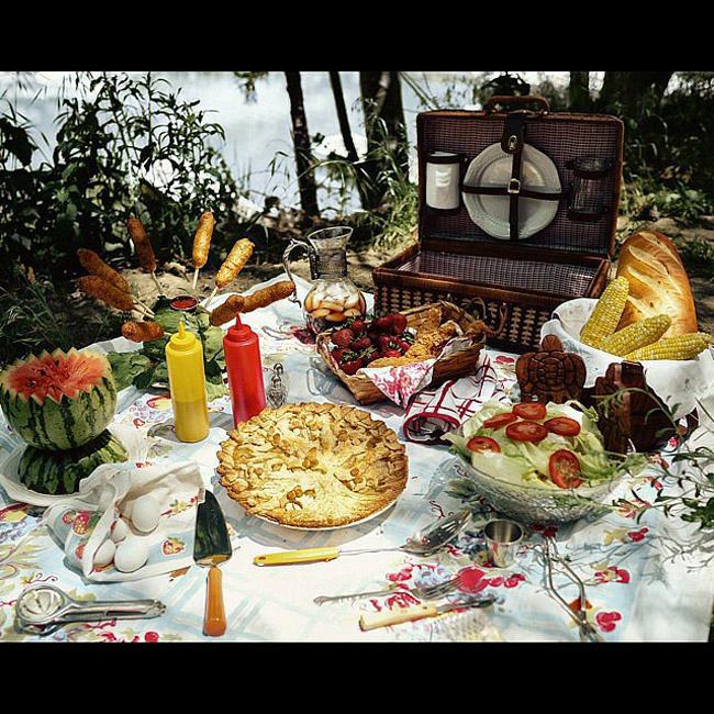 Retro Picnic Čik me probaj: Najbolja gotik hrana na Instagramu