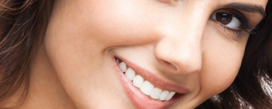 Uz taman ten se slaže samo blistav osmeh