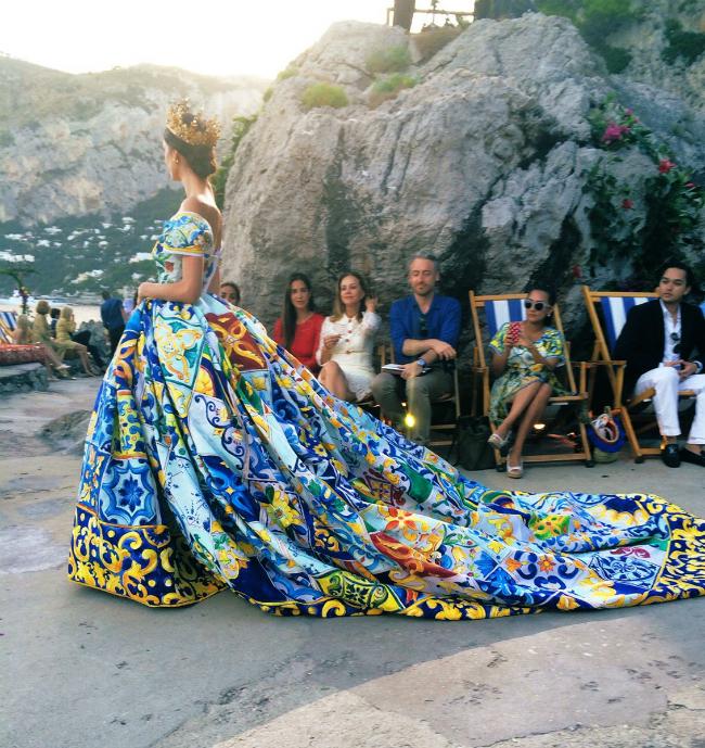 dolce gabbana alta moda capri 08 123014495347 Modne vesti: Dolce&Gabbana, moda i fudbal, stil Mišel Obame