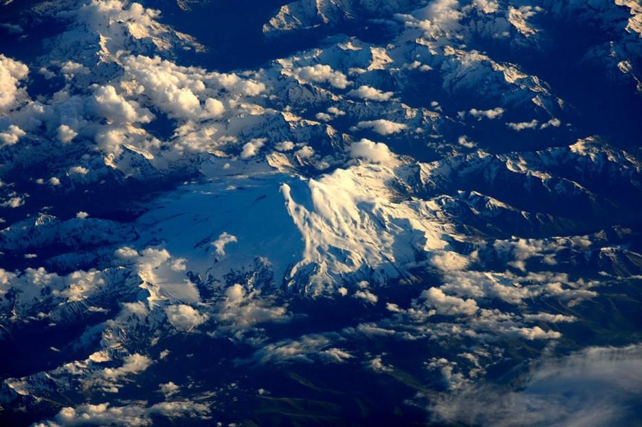 elbrus planina Top 10: Moćne fotografije iz svemira koje će vam promeniti pogled na planetu