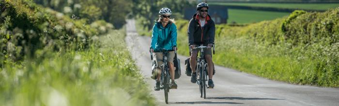 garmin edge touring plus gps Novi GPS uređaji osmišljeni za vožnju biciklom: Garmin Edge Touring i Edge Touring Plus