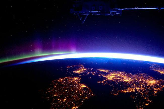 velika britanija Top 10: Moćne fotografije iz svemira koje će vam promeniti pogled na planetu