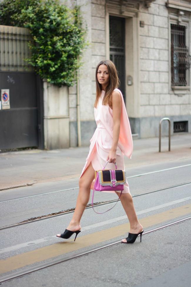10 odevnih kombinacija zina carkoplija haljina balenciaga 10 odevnih kombinacija: Zina Čarkoplija