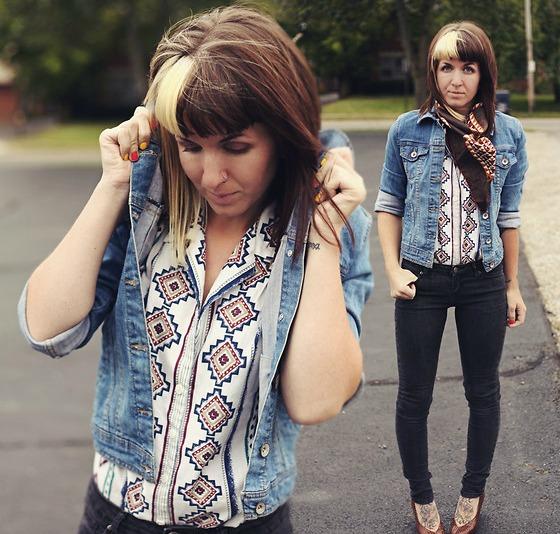 6 Plitke farmerke Modni saveti: Odevni komadi koje ne treba nositi posle četrdesete
