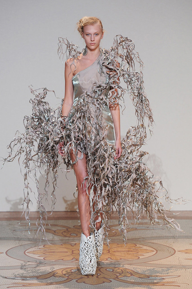 Iris van Herpen Šta kaže catwalk: 3D Moda