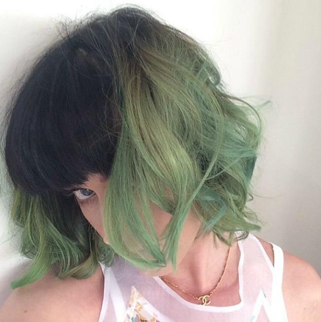 Keti Peri Duga u kosi: Lude boje samo za smele!