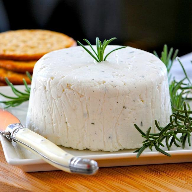 Kozji sir Dijetalni sirevi: Obrok sa malo kalorija