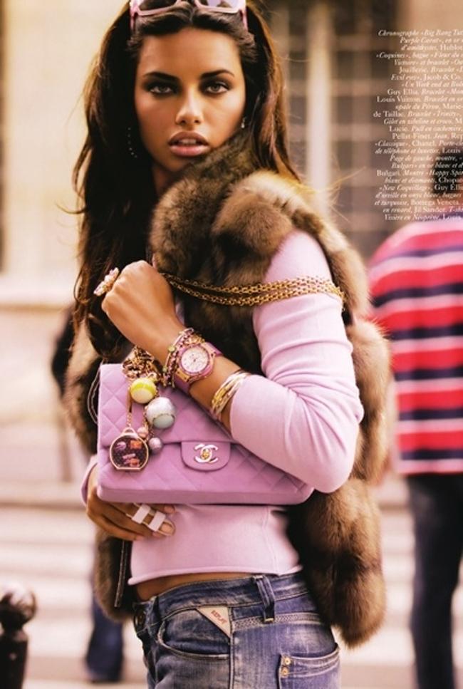 Pink detalji torba Savršen aksesoar: Šest načina da nosite roze boju