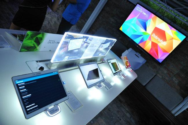 Samsung Galaxy Tab S premijerno predstavljen u Srbiji 7 Samsung Galaxy Tab S premijerno predstavljen u Srbiji
