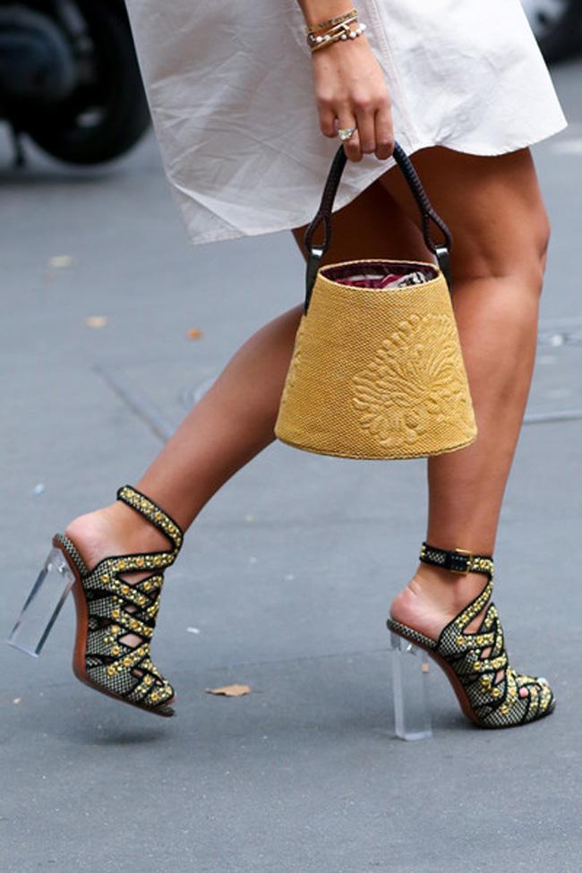 Sve te šljokice Ko ne voli atraktivne cipele?