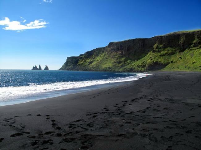 Vik Island Zadivljujući crni pesak: Plaže iz snova