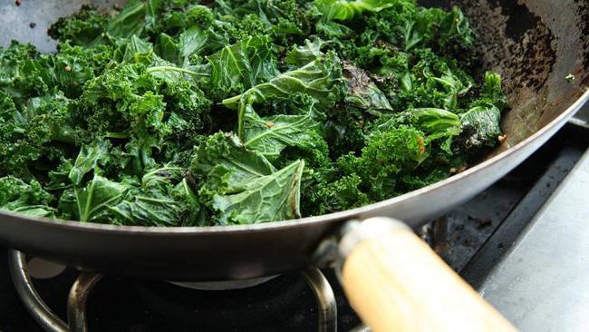 Zdrava ishrana Najbolje namirnice koje ne jedete Kelj Trudimo se, i opet se ne hranimo zdravo!