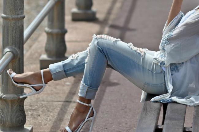 bele cipele Tips of the Week: Šik u belim cipelama