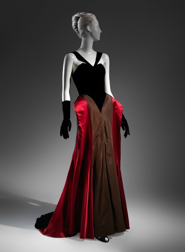 beyond fashion izlozba kostima carlsa dzejmsa milisent rodzers Beyond Fashion: Izložba toaleta Čarlsa Džejmsa