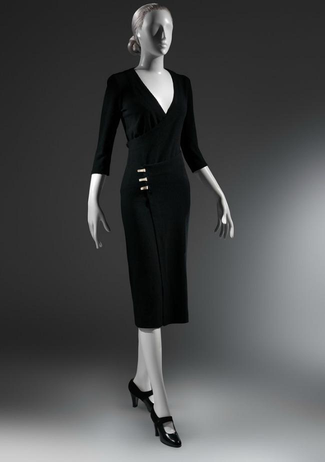 beyond fashion izlozba kostima carlsa dzejmsa taksi haljina Beyond Fashion: Izložba toaleta Čarlsa Džejmsa