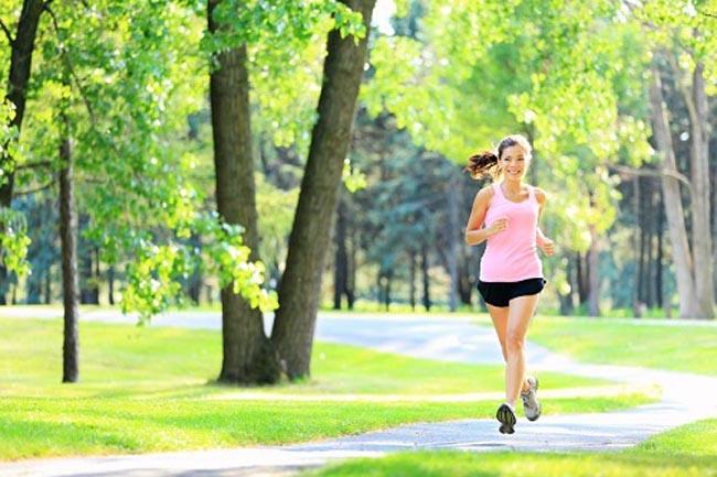 fitnes Ponovo u formi: Kako da počnete sa fitnesom posle duže pauze
