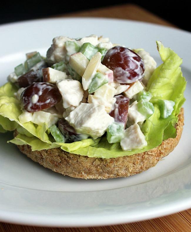 hrani se zdravo obroci koji imaju manje od 500 kalorija zdrava pileca salata Hrani se zdravo: Obroci koji imaju manje od 500 kalorija