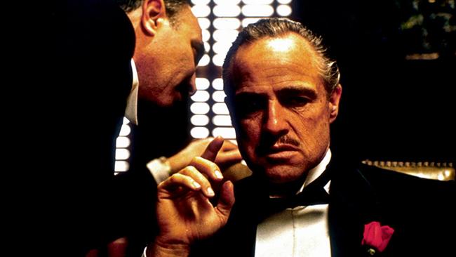 marlon brando kao vito korleone u filmu kum Svet filma: 10 najvećih glumačkih transformacija