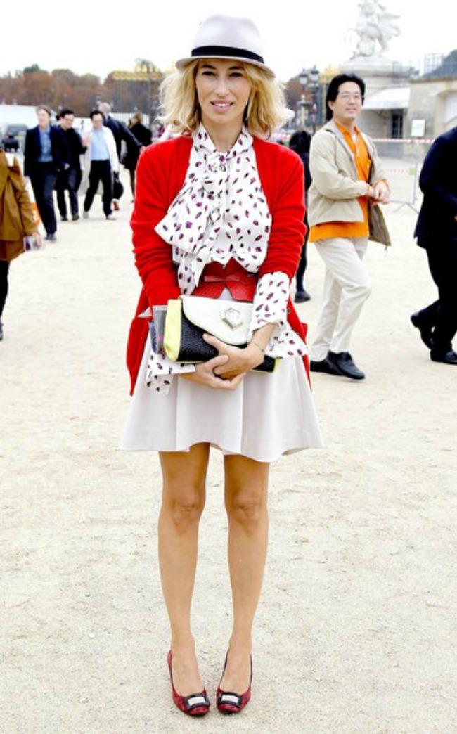 street style aleksandra golovanof odevna kombinacija sa sesirom Najbolje odevne kombinacije novinarke Aleksandre Golovanof