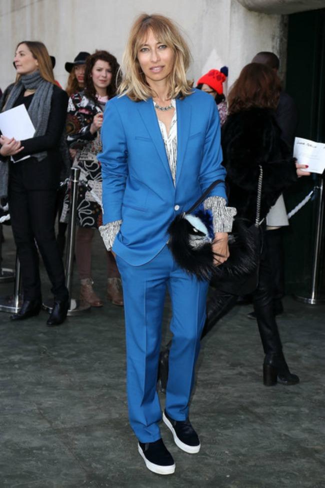 street style aleksandra golovanof plavo odelo Najbolje odevne kombinacije novinarke Aleksandre Golovanof