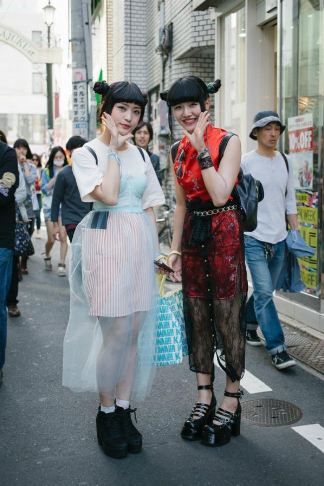 street style moda na ulicama tokija moderne gejše Street Style: Moda na ulicama Tokija