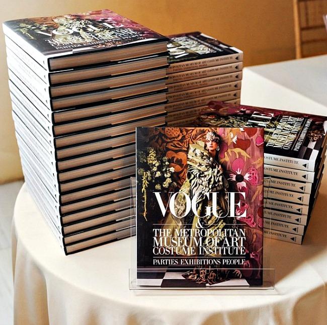 "03 Vogue Metropolitan Museum Doza nauke i kulture: ""Vogue i Metropoliten muzej umetnosti – zabave, izložbe, ljudi"""