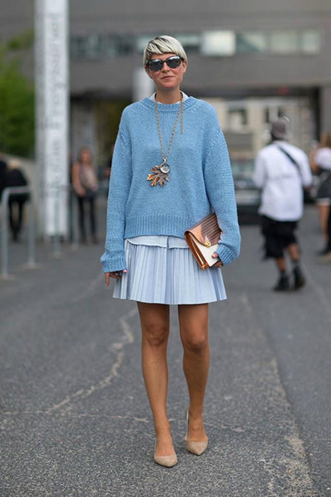 Eliza Šta obući ove nedelje: Džemper i suknja