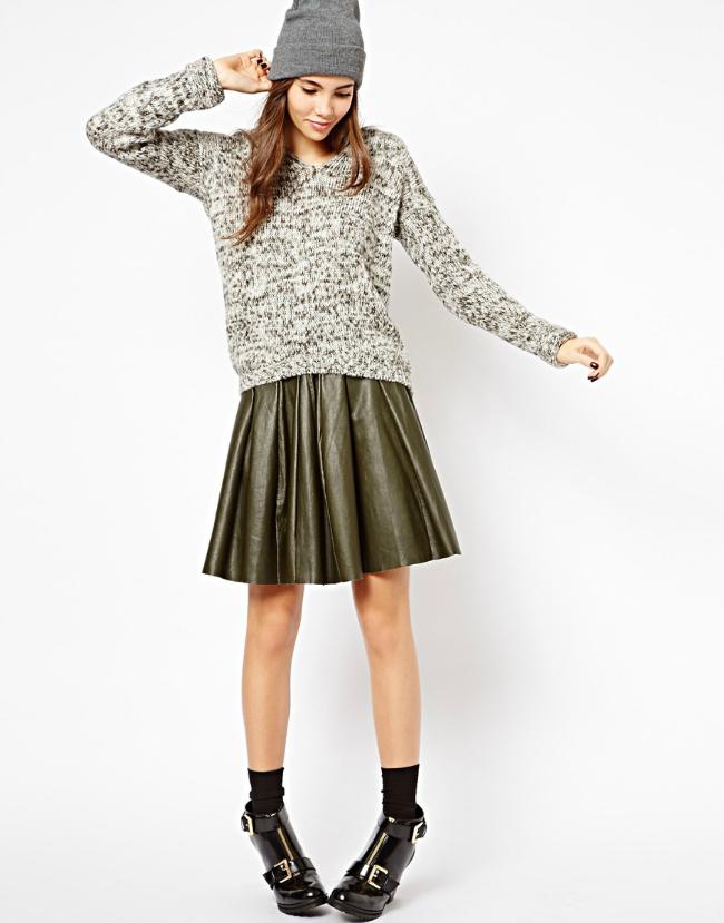 Kapa Šta obući ove nedelje: Džemper i suknja