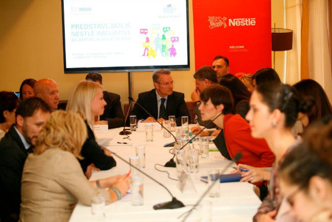Nestle Predstavljanje inicijative kompanije Nestle Savez za mlade Nestlé: Inicijativa Savez za mlade uposliće 100.000 mladih širom Evrope