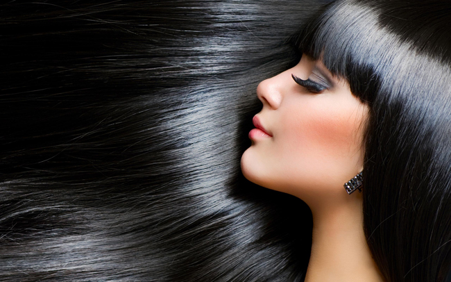 crna zdrava kosa Šta izbeći na putu do zdrave i lepe kose